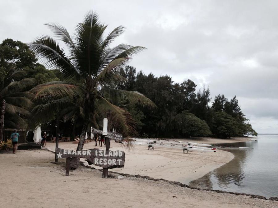 Erakor Island where we had breakfast on our pleasure row.