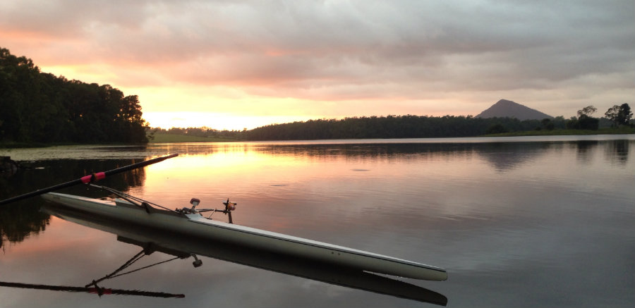 lake-macdonald-sunrise-900